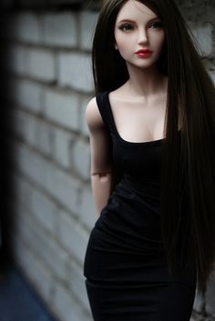 Carina 4 by Tamara Perchi | Flickr: Intercambio de fotos. I thought this looked like Isabella from the book TIM as a ball jointed doll