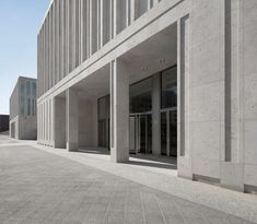 Kleihues + Kleihues, Stefan Müller · Headquarters of the Federal Intelligence Service Office Building Architecture, Public Architecture, Concrete Architecture, Building Facade, Facade Architecture, Contemporary Architecture, Stone Facade, Brick Facade, Arch Hotel