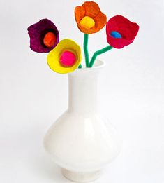 Earth Day Project: Make flowers from egg cartons