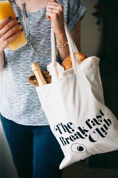 Create My Event: Custom Gift Totes for your Breakfast Club Guests From You Are My Fave Mimosa Breakfast, The Breakfast Club, Breakfast Time, Jute, Brunch Buffet, Inspirational Gifts, Recipe Of The Day, Customized Gifts, How To Make