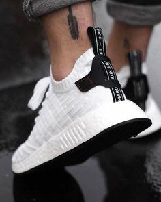 Adidas NMD Sneakerando - The Sneakers Shop - sneaker news info exclusive updates Adidas Asics Converse New Balance Nike Puma Reebok Saucony Vans Sneakers Vans, Moda Sneakers, Sneakers Mode, Best Sneakers, Sneakers Fashion, Fashion Shoes, Mens Fashion, Womens Sneakers Adidas, Adidas For Men