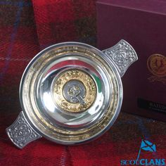 Baird Clan Crest Qua