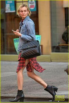 Diane Kruger Goes Makeup-Free in NYC | diane kruger goes makeup free in nyc 03 - Photo
