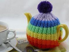 Rainbow Tea Cosy   knitted tea cosy   free knitting pattern   nixneedles UK