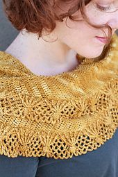 Ravelry: Sugar Sparkles Shawlette pattern by Linda Permann (fingering weight)