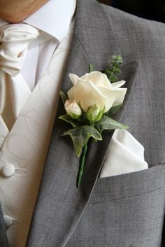 Vendella Rose Boutonniere another option for Gareth Small Wedding Bouquets, Bride Bouquets, Floral Wedding, Prom Flowers, Bridal Flowers, Corsage And Boutonniere, Boutonnieres, Button Holes Wedding, Corsage Wedding
