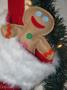 Make little Gingerbread men/women with felt and rice!!