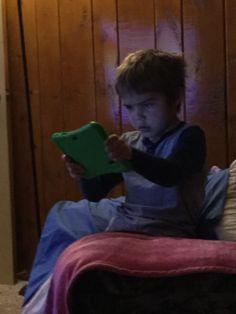 Kaidan on his tablet