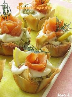 New Year's Food, Good Food, Yummy Food, Finger Food Appetizers, Appetizer Recipes, Macedonian Food, Food Porn, Avocado Salad Recipes, Shrimp Recipes Easy