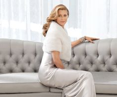From her days of appearing in 13 consecutive issues of the Sports Illustrated Swimsuit Edition, to current Kathy, Kathy Ireland, Ireland Pictures, Luxury Private Jets, Stunning Women, Beautiful, Swimsuit Edition, Celebs, Celebrities, Jet Set