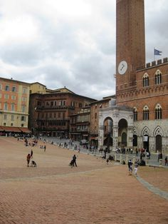 Sienna, Italy... Beautiful Piazza