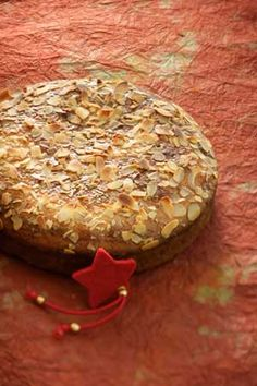 Vasilopita: Lucky Greek New Year Bread This Vasilopita bread recipe, a lot like brioche, is the classic good luck bread in Greece. Greek Sweets, Greek Desserts, Greek Recipes, Greek Bread, Cyprus Food, My Favorite Food, Favorite Recipes, Eat Greek, Sweets