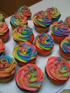 Tye Dye Cup Cakes