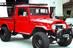 Toyota Fj40, Toyota Trucks, 2014 Toyota Fj Cruiser, Muscle Truck, Daihatsu, Japanese Cars, Classic Trucks, Pickup Trucks, Jeeps