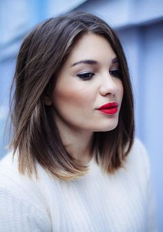 40 Short Ombre Hair Cuts for Women – Hottest Ombre Hair Colors – Beauty Hacks Long Bob Haircuts, Long Bob Hairstyles, Pixie Haircuts, Trendy Hairstyles, Brunette Hairstyles, Asymmetrical Hairstyles, Volume Hairstyles, Female Hairstyles, Layered Haircuts