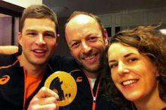 Selfie met Sven Kramer, Gerard Kemkers Ireen Wüst na gouden Sven Kramer, Dutch Netherlands, Speed Skates, Selfie, Olympics, Sports, The Nederlands, Hs Sports, Sport