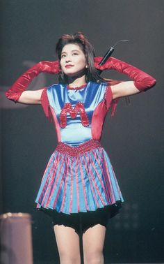 90s Culture, Showa Era, Vintage Photos, Harajuku, Retro Vintage, Singer, Actresses, Poses, Female