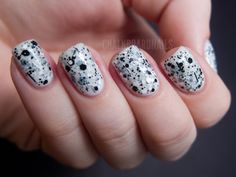 Chalkboard Nails: Cookies and Cream Jelly Sandwich