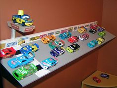 Mattel Disney Pixar Diecast CARS: Build Your Own Speedway Shelf Tutorial