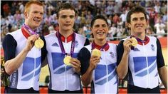 Team GB celebrate Cycling winning pursuit gold