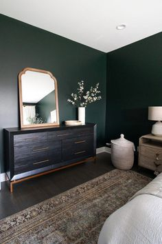 Contemporary Condo in Chicago dark green guest room reveal. Come check out this dark green paint color, with a large oriental rug, white bedding, and creamy curtains. Bedroom Paint Colors, Traditional Bedroom, Interior, Bedroom Interior, Guest Room Design, Home Decor, Bedroom Inspirations, Green Bedroom Walls, Green Accent Walls