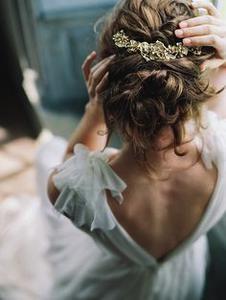 Acconciature sposa: le ultime tendenze capelli pensate per i matrimoni  2016
