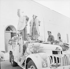 BRITISH ARMY NORTH AFRICA 1942 (E 12348) An LRDG Chevrolet 30cwt truck ready to leave Cairo, 25 May 1942.