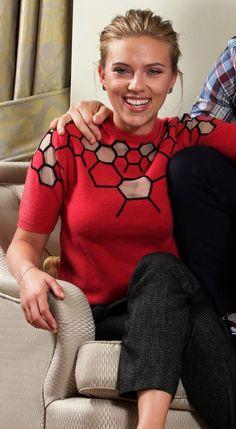 Don Jon, Scarlett Johansson, Turtle Neck, Sweaters, Fashion, Gorgeous Women, Moda, Fashion Styles, Sweater