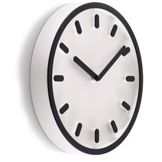 the clean design of the 'tempo wall clock' designed by naoto fukasawa for magis Skeleton Wall Clock, Modern Decorative Objects, Naoto Fukasawa, Metropolitan Lighting, Wall Watch, Corbett Lighting, Nelson Bubble Lamp, Wall Clock Design, Modern Fan