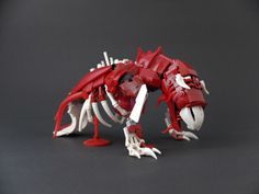 Lego Sculptures, Lego Mechs, Cool Lego Creations, Lego Stuff, Comic Book Covers, Cthulhu, Anton, Decay, Monsters