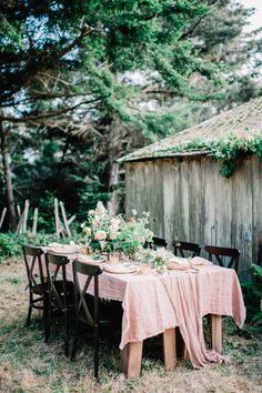 Reception table #receptiondecor @weddingchicks