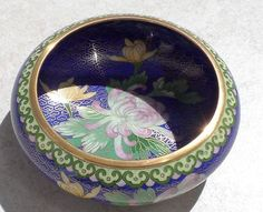 VINTAGE CHINESE CLOISONNE BOWL