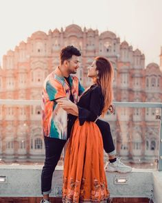 Cute Couple Poses, Cute Love Couple, Cute Girl Pic, Cute Couples Goals, Couple Posing, Stylish Girls Photos, Couples Images, Couple Photography Poses, Wedding Poses