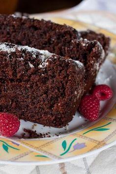 Murzynek z powidlami Polish Recipes, Macarons, Cupcake Cakes, Cake Recipes, Good Food, Food And Drink, Cooking Recipes, Sweets, Snacks