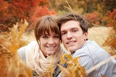 www.frostedproductions.com | #utah #photographer #engagement #photos #grass #field #fall #leaves #cute #pose #ideas #autumn #mountains #outdoor #photography