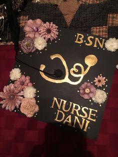 Graduation nursing cap #diy #gradcap #nurse