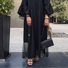 PİNTEREST telegei Modern Hijab Fashion, Hijab Fashion Inspiration, Abaya Fashion, Muslim Fashion, Modest Fashion, Fashion Dresses, Fashion Shoot, Modest Wear, Modest Outfits