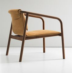 furniture Chair Design - Oslo by Angell Wyller Aarseth for Bernhardt Design (Dezeen) New Furniture, Furniture Design, Furniture Stores, Chair Design Wooden, King Furniture, Decoupage Furniture, Furniture Dolly, Furniture Market, Furniture Outlet