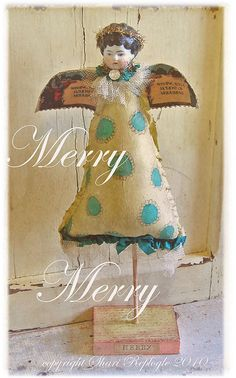sweet fabric angel: up-fit an old face with a new bod Christmas Angels, Christmas Art, Vintage Christmas, Paper Dolls, Art Dolls, Les Religions, Paperclay, Little Doll, Doll Crafts
