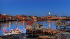 From The Most Picturesque small towns in every state: Settled in 1623, PORTSMOUTH, New Hampshire claims to be the third-oldest city in the USA.   - David J Murray, Clear Eye Photo