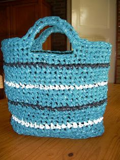 Zelfgemaakt !: gehaakte plastic tas