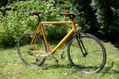 Vélo de course Decathlon transformé en singlespeed sur fixie-singlespeed.com Transformers, Courses, Bicycle, Veil, Urban Bike, Racing Bike, Bike, Bicycle Kick, Bicycles
