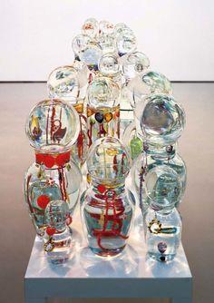 Jean-Michel Othoniel, Lagrimas 2002 Courtesy: Galerie Perrotin, Hong Kong & Paris