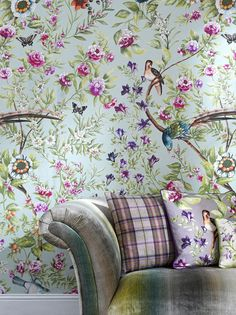 botanical wallpaper: Rapunzel, by Voyage