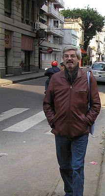 alpialdelapalabra: Esteban Moore: Poemas con Gardel.