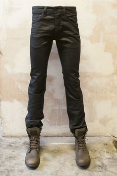 G Star Mens Jeans Attacc Straight in Black. Great jean for men with awareness of style. So for you!!! www.BootsJeansandLeathers.com