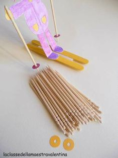 Descente sans slalom - Les cahiers de Joséphine School Projects, Art Projects, Winter Crafts For Kids, 10th Birthday, Birthday Ideas, Diy Toys, 5 Minute Crafts, Art School, Christmas Crafts
