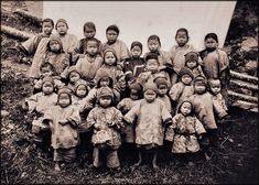China. Kidnapped Girls, Foochow, 1904 // Attribution Unk