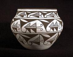 Google Image Result for http://www.bairsindiantradingco.com/pottery/91-ES-411_Fa.jpg