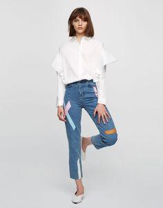 Camicia a maniche lunghe volant - Bluse e camicie - Abbigliamento - Donna - PULL&BEAR Italia